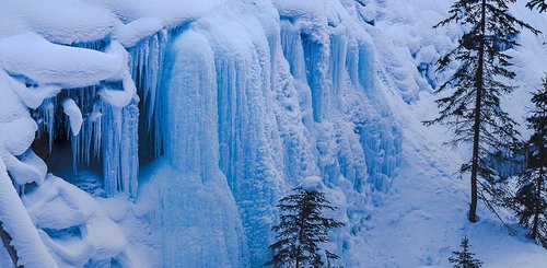 Wasserfall am Johnston Canyon